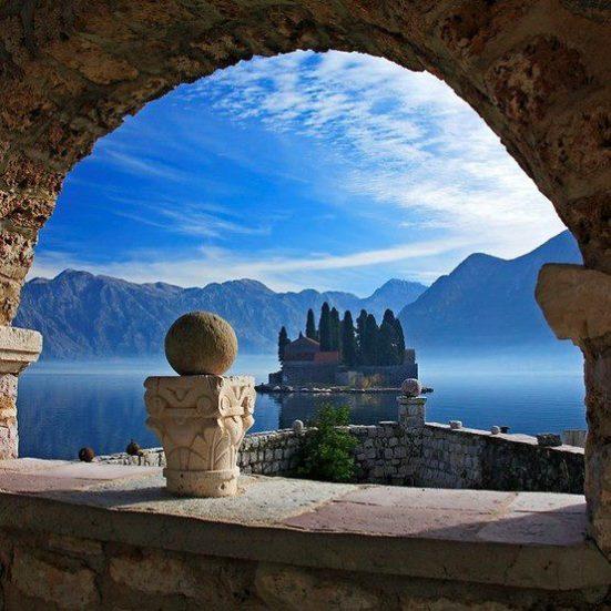 Bahía Kotor, Montenegro