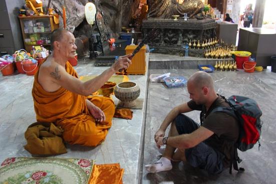 adri-monje-budista